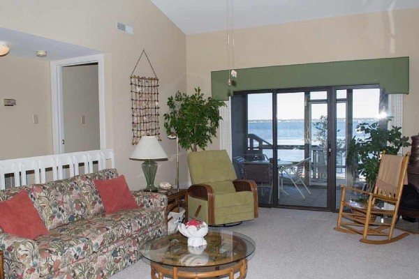[Image: Soundfront Condo with Great Views of Bogue Sound!]