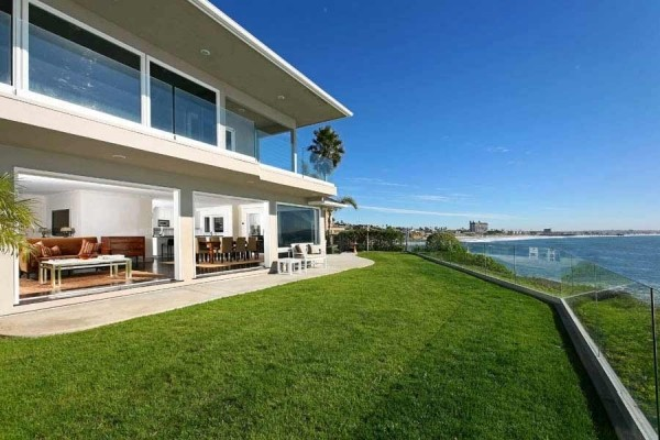 [Image: Sept 1 to 10 Special! Amazing Luxury La Jolla Oceanfront 4000sf Heated Pool & Sp]