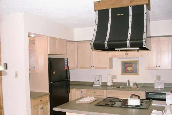 [Image: Huge Slopeside Duplex Condo Perfect for Families at the Base of Copper Super B]