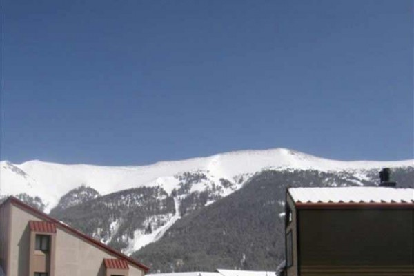 [Image: Copper Mountain Condominium - Ski and Golf Outside Your Door!]