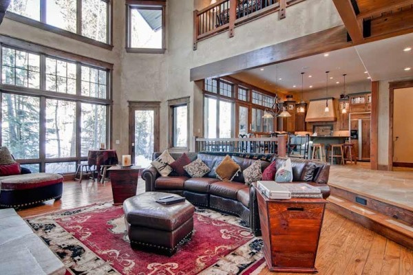 [Image: Spacious, Custom, Private Ski Home with Easy Town Access. Ask for Discounts!]